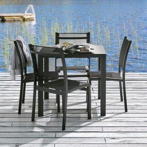 Koodi Ruokaryhmä 4:Lle: Pöytä Ja 4 Tuolia Musta