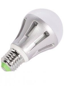 LED lamppu TEHO E27 8W 660lm 3000K